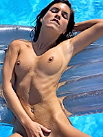 Go to Pool Party Free Pictures Gallerie